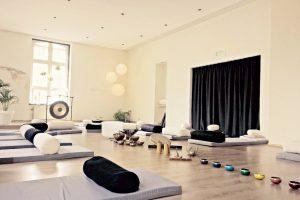 Unplugged Yoga & Soundhealing